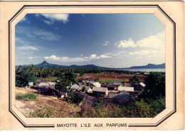 MAYOTTE - ILE AUX PARFUMS - Photographie  Aérienne De 1983 - Mayotte