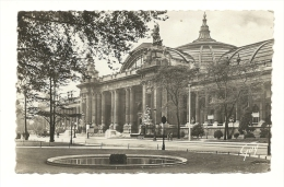 Cp, 75, Paris, Le Grand Palais, Voyagée 1947 - Francia