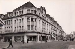 """Cpsm  60  Beauvais , Grands Magasins """" Aux Nouvelles Galleries """" - Beauvais"""