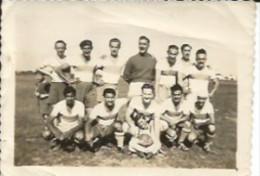 EQUIPO DE FUTBOL  PEQUEÑA FOTOGRAFIA  CIRCA 1930   OHL - Anonymous Persons