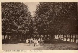 SAINT GENEST D'AMBIERE (86) Place De La Mairie Petite Animation - France