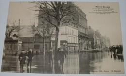 Rouen: Inondé Le Bas De L´avenue Pasteur Et La Boulangerie Varin Envahis Par L'eau - Rouen