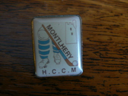 PIN´S SPORT HOCKEY CLUB MONTLHERY - Pin's
