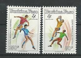 "Burkina YT 818 Et 819 "" Football : Italia 90, 2 TP "" 1990 Neuf ** - Burkina Faso (1984-...)"