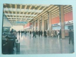 Aéroport De PARIS ORLY, Le HALL - Aéroports De Paris