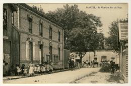 Bassuet  - La Mairie Et Rue Du Pont   ( Plan Superbe Avec Ecoliers..... ) - Otros Municipios