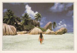 SEYCHELLES.  Seychelles. L'Anse Royale.  -  The Royal Cove. The Breakwater. - Seychelles