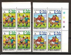 FOOTBALL Munich 1974 / MALDIVES Lot De 2 Blocs Neufs ** De 4 Timbres - Coppa Del Mondo
