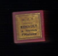 FILM FIXE (Bobine 35/mm en couleur odf) RENAULT � travers l�histoire. Offert � l�enseignement par la regie