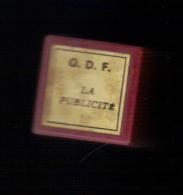 FILM FIXE (Bobine 35/mm en couleur,odf) LA PUBLICITE. Offert � l�enseignement par BANANIA