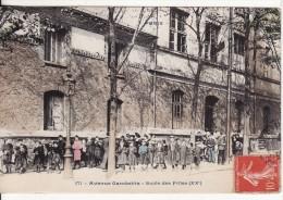 PARIS (75) XXème -  Avenue Gambetta Ecole Des Filles - Carte Colorée - Enseignement - VOIR 2 SCANS - - Enseignement, Ecoles Et Universités