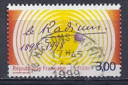 France -Le Radium YT 3210 Obl - France