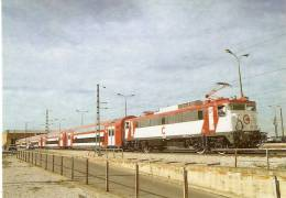 Nº266 POSTAL DE ESPAÑA DE UN TREN CERCANIAS DE 2 PISOS EN FUENCARRAL   (TREN-TRAIN-ZUG) AMICS DEL FERROCARRIL - Trenes