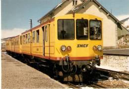Nº304 POSTAL DE ESPAÑA DE EL TREN AMARILLO DE LA CERDANYA EN FONT ROMEU (TREN-TRAIN-ZUG) AMICS DEL FERROCARRIL - Trenes