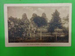Temple De Takeo Vue De La Route Sud. - Cambodge