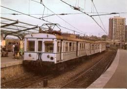 Nº300 POSTAL DE ESPAÑA DE AUTOMOTOR ELECTRICO435-508 EN BILBAO (TREN-TRAIN-ZUG) AMICS DEL FERROCARRIL - Trenes