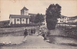 64 -- ESPELETTE -- La Basseboure Et L'Eglise -- Pont - Cheval - Espelette