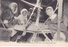 23451 Le Maroc Pittoresque Tisserand A Son Metier Prehistorique  (??) -baudiniere 205 - Tissus Artisanat - Maroc