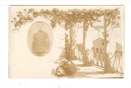"""Carte Photo """" Montage"""" : Soldat En Médaillon Dans Un Décor : Treilles - Cruches .... - Guerre 1914-18"""