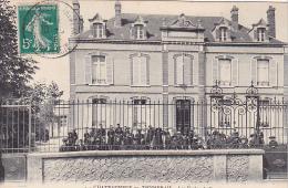 23465 CHATEAUNEUF En THYMERAIS - Les ECOLES DE GARCONS -4 Foucault Dreux -enfant - France