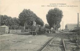 Réf : A14 -1326 :  Pont Saint Esprit La Gare  Et Le Train (chemin De Fer) - Pont-Saint-Esprit