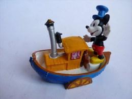 rare figurine MICKEY STEAMBOAT WILLIE -BULLY 1984