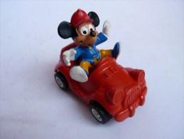 Figurine MICKEY Dans Sa Voiture -BULLY 1984 - Disney