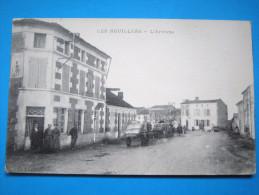 17 : LES NOUILLERS : L'ARRIVEE : C.P.A. Carte En Trés Bon état, Animée - Other Municipalities