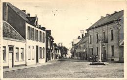 BELGIQUE - FLANDRE ORIENTALE - BERLARE - Dorpstraat. - Berlare