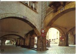 VILLEFRANCHE DE ROUERGUE - Place Notre-Dame - Arcades Du Consulat - Villefranche De Rouergue