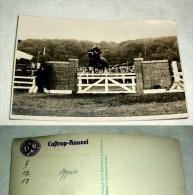 Foto Springreiten Eines Deutschen Offiziers, Castrop-Rauxel, Postkartengroß - 1939-45