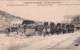 34  -- LAMALOU Les BAINS -- La Cour De La Gare -- Le Tramway -- Les Omnibus Des Hôtels -- Le  Café De La Gare - Lamalou Les Bains