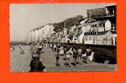 76 VEULES Les ROSES : La Plage Devant Le Casino N°1604(écrite,  Oblitérée )année 1962 - Veules Les Roses