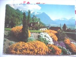Liechtenstein Vaduz Mit Viel Blumen - Liechtenstein