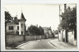 CPSM DANNEMOIS , ROUTE DE MILLY - Frankrijk