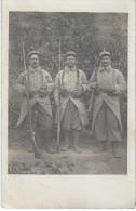 Cartes de poilus/3 Poilus en Pied / 1915     PH181