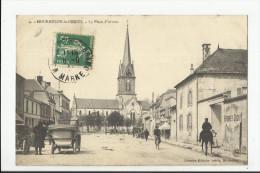 MOURMELON LE GRAND , LA PLACE D' ARMES - Mourmelon Le Grand