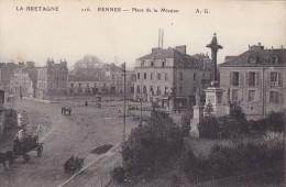 CPA 35 @ RENNES @ Place De La Mission @ Tramway - Religion Croix - Rennes