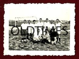 PORTUGAL - AVEIRO - SAO JACINTO - UMA EQUIPA DE FUTEBOL - 1940 REAL PHOTO - Sports