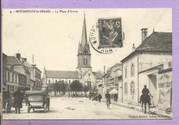 51 - MOURMELON LE GRAND - La Place D´Armes- Reproduction - Cartes D´Autrefois - Mourmelon Le Grand
