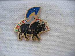 Pin´s Tauromachie 1992 - Feria