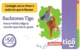 TARJETA DE HONDURAS DE TIGO DE 50 LEMPIRAS DE UN JOVEN BAILANDO - Honduras