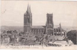 Carte Postale Ancienne De Coutances - La Cathédrale à Vol D'Oiseau - Coutances