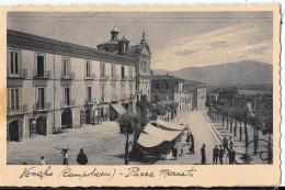MOLISE-ISERNIA- VENAFRO PIAZZA MERCATO VEDUTA BANCARELLE PERSONE  ANIMATA - Italia