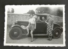 Photographie Ancienne Voiture Automobile Femmes - Photo Lugda Lumière - Automobiles