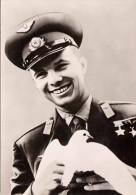 """MAJOR JURI GAGARIN Mit Friedenstaube (Russland), Erster Kosmonaut Der Am 12.4.1961 Mit Dem Raumschiff """"Wostok"""" Die Erde - Persönlichkeiten"""