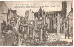 Dépt 51 - REIMS - La Cathédrale Vue à Travers Les Ruines De La Ville - (LL) - Reims