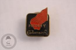 Vintage Enamel Advertising Pin/ Badge - Henry Colomer, Hairdresser/ Barber - Marcas Registradas