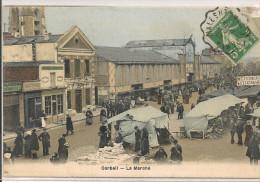 CORBEIL - Le Marché - Corbeil Essonnes