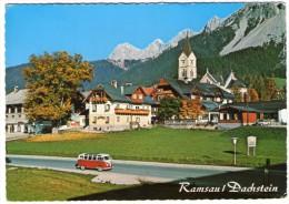 AUSTRIA - RAMSAU / DACHSTEIN -ORTSANSICHT MIT EVANG.KIRCHE - VW TRASPORTER/KOMBI - Ramsau Am Dachstein